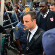 Oscar Pistorius à la sortie de la North Gauteng High Court de Pretoria, après la reprise de son procès le 30 juin 2014