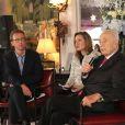 Exclusif - Shimon Peres et Antoine Guélaud (Directeur de la rédaction de TF1 et président de l'association) et Elisabeth Dodard (traductrice internationale) assistent à un événement organisé par Le Cercle des Médias, à Paris le 17 décembre 2014.