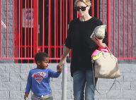 Charlize Theron maman détendue : Son adorable Jackson, un Superman craquant !