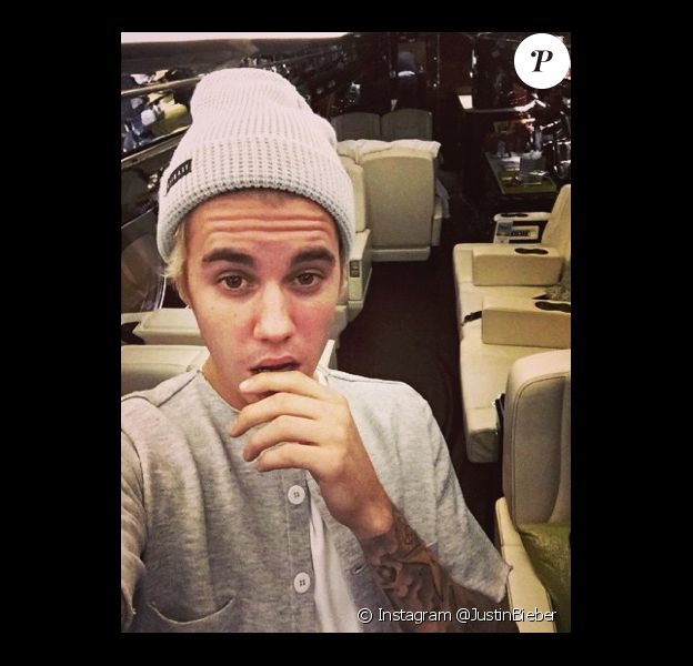 Justin Bieber dans son nouveau jet privé, le jeudi 25 décembre 2014.