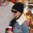 Exclusif - Christina Aguilera et son fiancé font leur shopping de Noël au Beverly Glen Market à Los Angeles. Le 21 décembre 2014