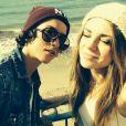 Jeudi 16 octobre 2014, Sara célébrait son 21e anniversaire avec sa compagne Aurore. Cette dernière lui a d'ailleurs fait une belle déclaration d'amour.