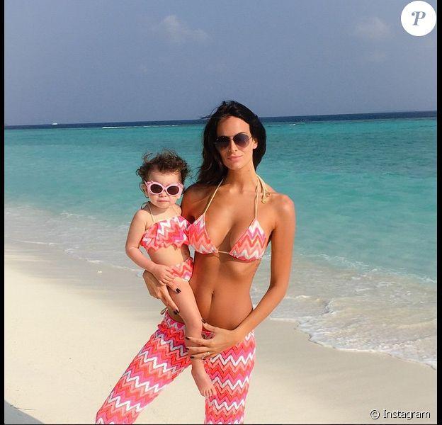 Jade Foret : vacances aux Maldives avec sa petite Liva, en janvier 2015