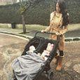 Jade Foret se promène avec ses deux adorables filles, Mila et Liva. Janvier 2015.