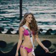 Julia Furdea défile à la U.S. Century Bank Arena, à Miami, Floride, le 21 janvier 2015 pour Miss Univers 2015