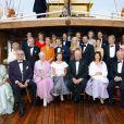 Photo de groupe royale lors des célébrations des 70 ans de Sonja de Norvège, en juin 2007 à Stavanger