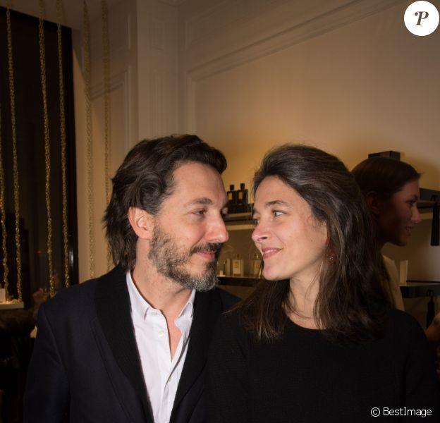 Exclusif - Guillaume Gallienne et sa femme Amandine - Inauguration de la boutique Kilian rue Cambon à Paris, le 26 janvier 2015.
