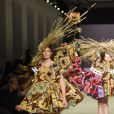 Défilé Viktor & Rolf haute couture printemps-été 2015 au Palais de Tokyo. Paris, le 28 janvier 2015.