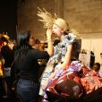 Coulisses du défilé Viktor & Rolf haute couture printemps-été 2015 au Palais de Tokyo. Paris, le 28 janvier 2015.