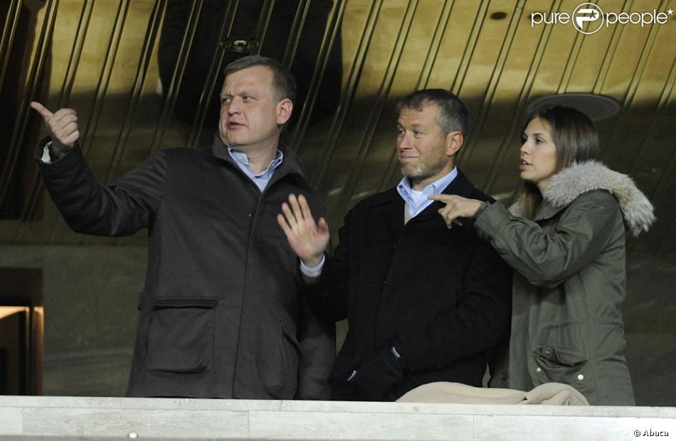 Roman Abramovitch et Dasha Zhukova à Moscou le 19 octobre 2010.
