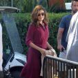 """Eva Mendes sur le plateau de l'emission """"Extra!"""" avec Mario Lopez a Los Angeles, le 25 septembre"""