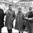 ARCHIVES - ROGER HANIN AVEC SON EPOUSE ET PETER USTINOV LES PLUS GRANDS CREATEURS ET INTELLECTUELS DE TOUTE NATIONALITE A L'ELYSEE SUR INVITATION DU PRESIDENT FRANCOIS MITTERRAND 14/08/1983 -