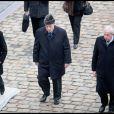 Charles Pasqua et son fils Pierre-Philippe lors des obsèques de Philippe Séguin en l'église Saint-Louis des Invalides à Paris le 11 janvier 2010