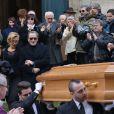 Julia Duchaussoy (fille de Corinne Le Poulain) et André Matheron (Mari de Corinne Le Poulain) - Obsèques de Corinne Le Poulain en l'église Saint-Roch à Paris le 16 février 2015.