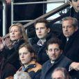 Claire Chazal avec son fils François Poivre d'Arvor lors du match de Ligue des Champions le Paris Saint-Germain et Chelsea au Parc des Princes, à Paris le 17 février 2015