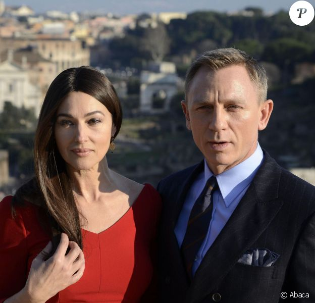 British actor/cast member Daniel Craig (R) and Italian actress/cast member Monica Bellucci (L) pose during a photocall on location for the shooting of the 24th James Bond movie 'Spectre' in the Senatorial Palace, Piazza del Campidoglio in Rome, Italy on February 18, 2015. The new Bond movie is to premiere in November 2015. Photo by Claudio Onorati/ANSA/ABACAPRESS.COM18/02/2015 - Rome