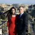 Daniel Craig et Monica Bellucci prennent la pose au photocall de Spectre, prochain James Bond, au Senatorial Palace, Piazza del Campidoglio à Rome, le 18 février 2015