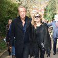 Mario Testino et Kate Moss arrivent aux Kensington Gardens pour assister au défilé Burberry Prorsum automne-hiver 2015-2016. Londres, le 23 février 2015.