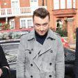 Sam Smith arrive aux Kensington Gardens pour assister au défilé Burberry Prorsum automne-hiver 2015-2016. Londres, le 23 février 2015.