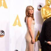 Quand Jennifer Aniston se fait pincer les fesses aux Oscars 2015