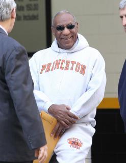 Bill Cosby accusé de viols : Confiant, le comique se dit ''loin d'être fini''