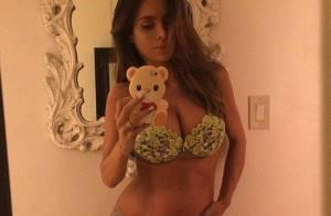 Sarah Stage : Enceinte de 8 mois, le top model choque pour son ventre plat...