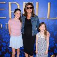 L'actrice Tiffani Thiessen, enceinte, prend la pose à une projection de Cendrillon, à Los Angeles le 8 mars 2015