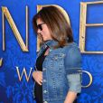 La jolie Tiffani Thiessen, enceinte, prend la pose à une projection de Cendrillon, à Los Angeles le 8 mars 2015