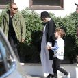 Exclusif - Ashlee Simpson enceinte va déjeuner chez son père Joe avec son mari Evan Ross et leur fils Bronx à Malibu le 28 février 2015.