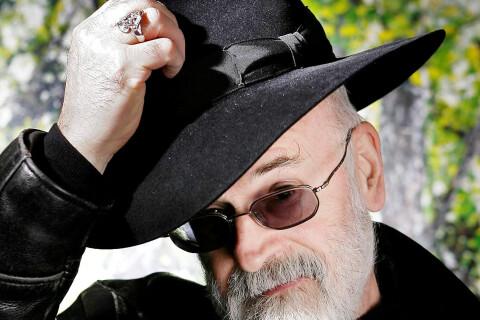 Terry Pratchett : Mort du légendaire auteur des Annales du Disque-Monde