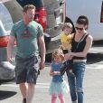Exclusif - Ian Ziering fait du shopping avec sa femme Erin Ludwig et ses filles Mia et Penna Hollywood, le 14 mars 2015