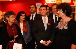 Ingrid Chauvin et son mari, Sophie Davant et Aymeric Caron au Salon du livre