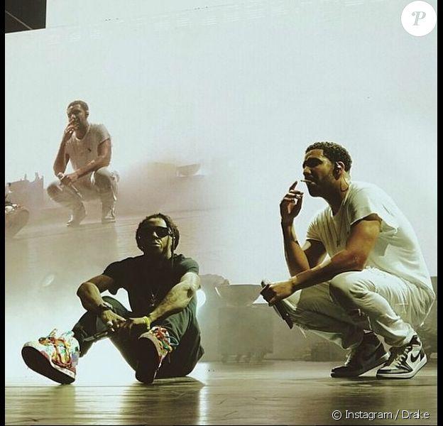 Lil Wayne et Drake sur scène lors de leur tournée commune, Drake vs Lil Wayne. Photo publiée le 4 septembre 2014.