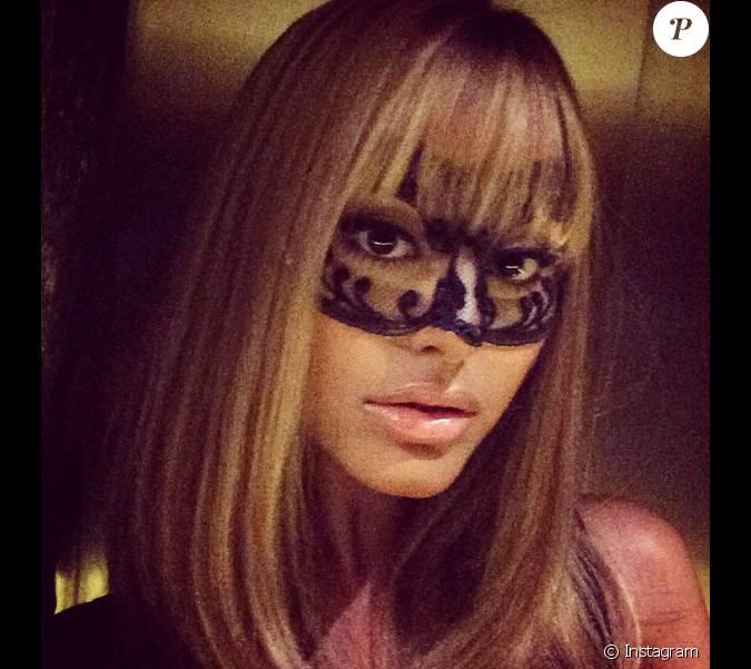 zahia dehar instagram - photo #40