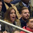 M. Pokora et Scarlett Baya, très complices au Stade de France le 26 mars 2015, pour le match amical France-Brésil.