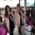 Charlotte Pirroni et Anne-Laure Fourmont au départ de l'aéroport de Paris-Charles-de-Gaulle à destination de Punta Cana à Roissy-en-France, le 14 novembre 2014