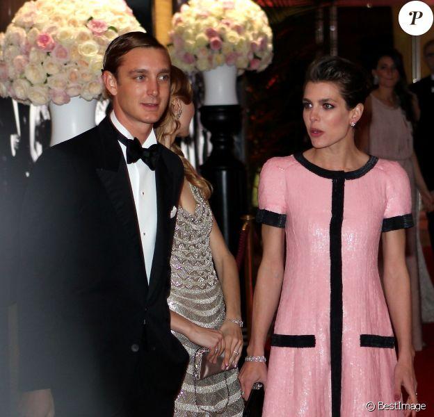 Pierre Casiraghi, Beatrice Borromeo et Charlotte Casiraghi lors du Bal de la Rose qui se tenait au Sporting de Monte-Carlo à Monaco le 28 mars 2015