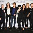 Martin Scorsese, Nancy Shevell, Paul McCartney, Yoko Ono, Olivia Harrison, Barbara Bach et Ringo Starr à l'avant-première du documentaire sur George Harrison, à Londres, le 1er octobre 2011.