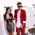"""Justin Bieber et sa mere Pattie Mallette - Première du film """"Justin Bieber's Believe"""" au Regal Cinemas L.A. Live à Los Angeles le 18 decembre 2013."""