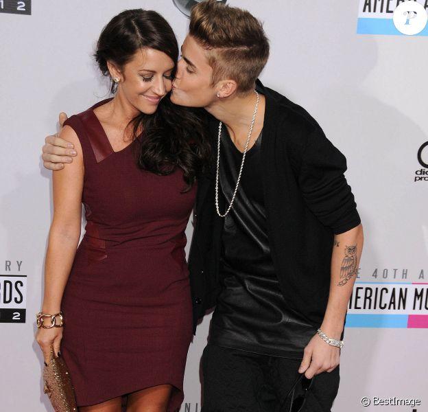 Justin Bieber et sa mere - People au 40e anniversaire des American Music Awards a Los Angeles. Le 18 novembre 2012