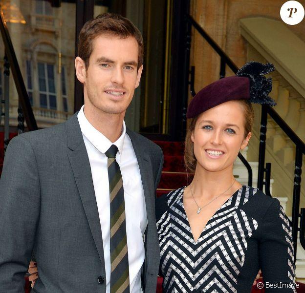Andy Murray et Kim Sears à Buckingham Palace le 17 octobre 2013 lors d'une remise de décorations