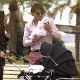 Exclusif - Giuseppe Polimeno et sa compagne Hinda promènent leur fille Giulia, née le 24 février, dans les jardins du port Canto à Cannes. Le 4 avril 2015.