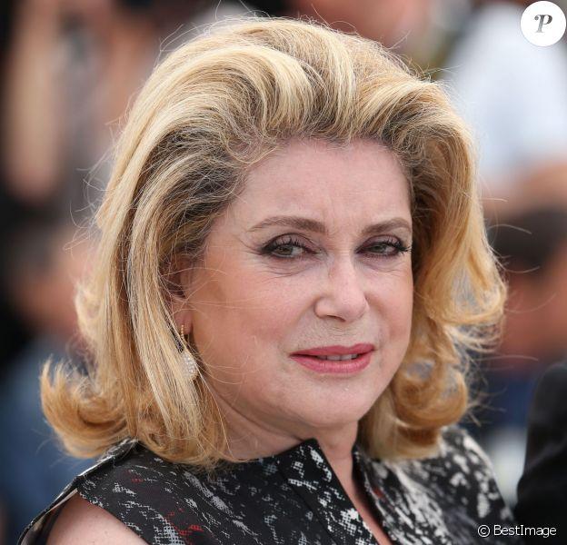 """Catherine Deneuve - Photocall du film """"L'homme qu'on aimait trop"""" lors du 67e Festival International du Film de Cannes, le 21 mai 2014."""