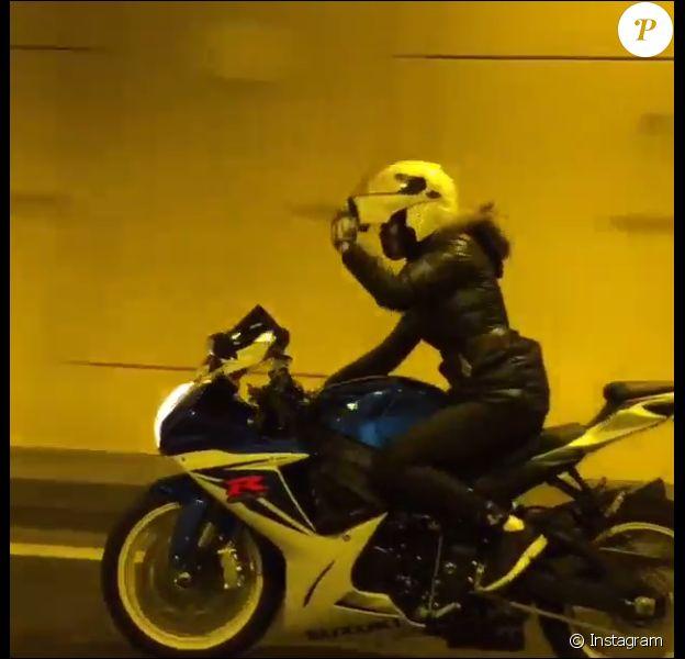 Julie Ricci (Secret Story 4) : une motarde sexy qui fait le buzz !