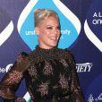 """La chanteuse Pink - Personnalités lors de la 2e soirée annuelle de """"Unite4:humanity"""" à l'hôtel Beverly Hilton à Beverly Hills, le 19 février 2015."""