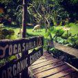 Fauve Hautot en vacances à Bali avec son amoureux Jules. Avril 2015.