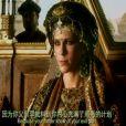 Lorie face à Adrien Brody dans Dragon Blade, un film chinois avec Jacky Chan.