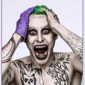 Jared Leto métamorphosé en Joker : Première photo terrifiante !
