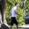Exclusif - Robert Pattinson et sa fiancée la chanteuse FKA Twigs vont à une séance de gym à Los Angeles, le 18 avril 2015.