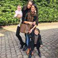 Jade Foret, une amie et ses filles Liva (2 ans) et Mila (1 an). Avril 2015.